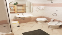Apartment-in-Roma-Italy---Home163403-Image2